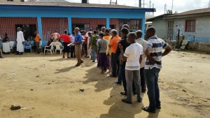 Voter queuing up in Rivers State on Saturday
